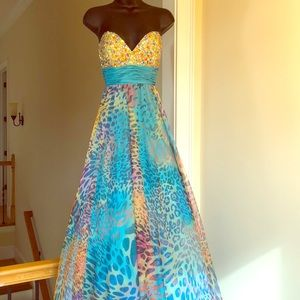 JOVANI sz 2 full multicolored prom pageant formal